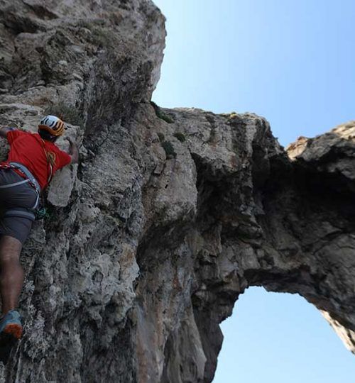 exosports-rockclimbing-01
